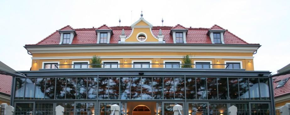 5. Hotel Albrecht, Mudroňova ul., Bratislava, 2008